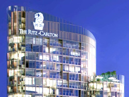 work at the ritz carlton hotel perth australia